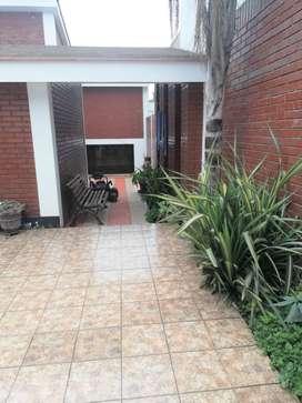 Casa en Venta en Calle Los Granados, Surco 022844