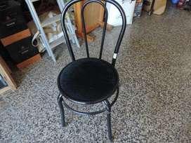 Vendo silla de caño muy buen estado,