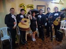 Mariachi en el Sur de Quito llamanos ya