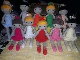 Muñeca de acrochet