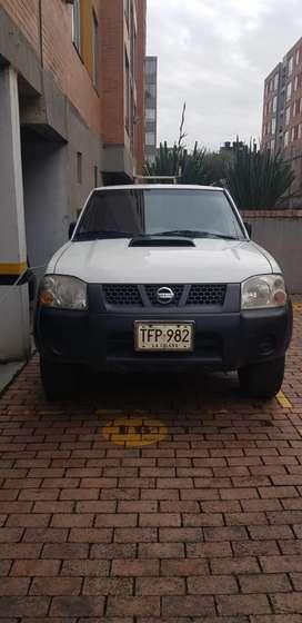 Nissan frontier 4x4 2.5