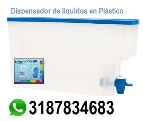 Dispensador de líquidos en Plástico 0