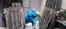 Botamos escombros maderA tejas y basuras