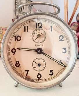 Reloj viejo Analógico Exact