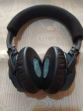 Bose Soundlink Around Ear Wireless Headphones ll - Black
