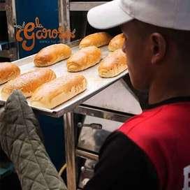 Se ofrece panadero