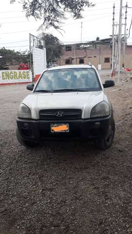 Vendo camioneta Hyundai Tucson año 2008 uso particular por la suma de S/25.000 soles. De ocasión.