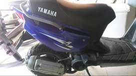 Vendo moto bws 2tiempo