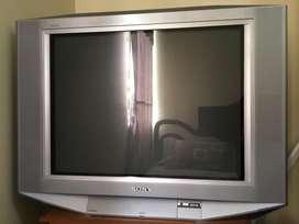 """Se vende Televisor TV Sony 32"""" WEGA con RADIO"""
