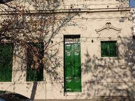 Langone Propiedades  Casa de 2 dormitorios y 2 estudios