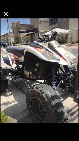 VENDO CUADRON SUZUKI MOTOR 400cc