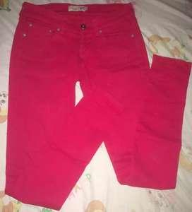 Jean rojo Gef