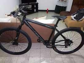 """Bicicleta GW HYENA rin 29"""", marco talla L."""