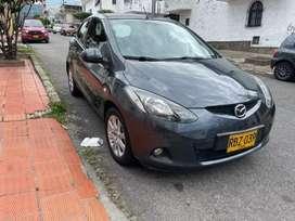 Mazda 2 2011 automático