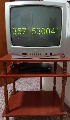 """Televisor 20"""" + videocasetera noblex + mesa"""