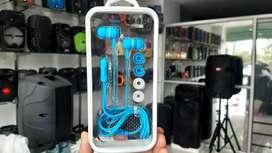 Audífonos de cable lindos colores con estuche