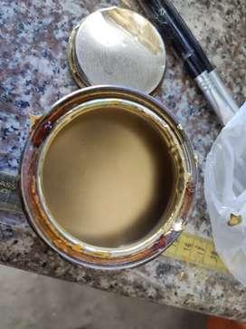 Caja de pintura color Oro, marca TAN de Condor