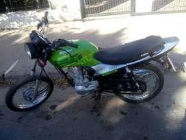 Vendo Moto verde Keller 2018 150 cc