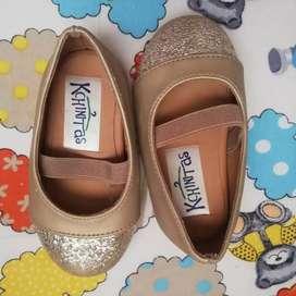 Zapatos de niña dorados para 9-12 meses