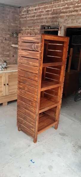 Se hace todos tipos de trabajos en madera