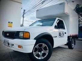 Camioneta LUV 1600 modelo 96 Furgon o Estacas Full Equipo Sin A/C