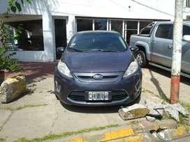 Ford Fiesta Kinetic Design Titanium 2013