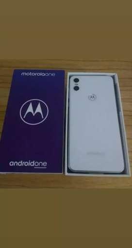 Moto one (casi nuevo)