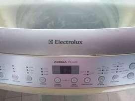 Vendo Lavadora Electrolux con detalle