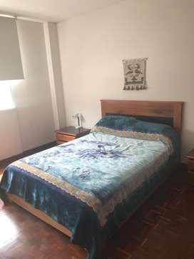 // Acogedora Suite en Arriendo Amoblada, Sector La Carolina, Av. República, a 2 cuadras Mall El Jardín