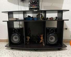 Excelente equipo de sonido con mesa
