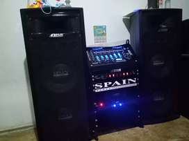 Vendo equipo de sonido spain potente