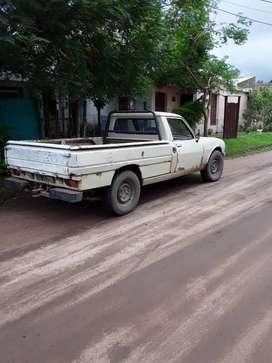 Vendo  o permuto por auto de mi interes camioneta peugeot 504 diesel modelo 92