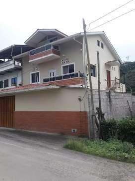 Casa de 2 plantas/PrecioNegociable