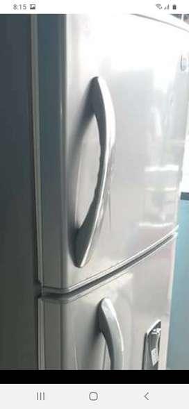 """""""""""Reparación mantenimiento de neveras lavadoras nevecones cerca de Kennedy bogota servicio tecnico llamenos al WhatsApp"""