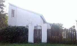 Casa 3 Dormitorios - Pileta Y Parrillero - Jardín