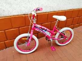 Vendo hermosa bicicleta niña