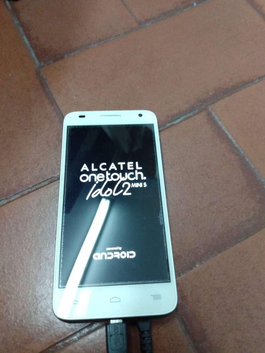Vendo permuto Alcatel Idol 2 0
