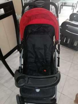 Coche para bebé. Unisex Rojo con negro