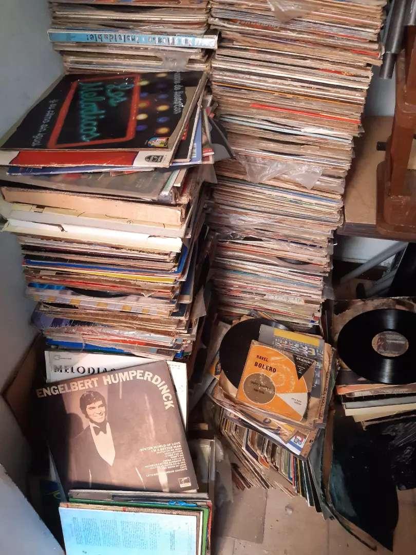Música vinilo lp $2.000 cada uno. Miles de discos disponible. 0