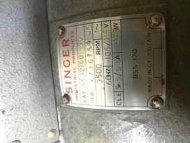 Motor de Máquina Industrial Singer