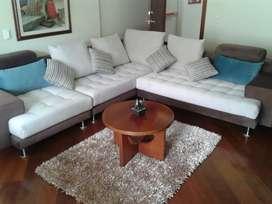 Venta muebles sala modular tipo L. Marca COLINEAL. Color crema y café