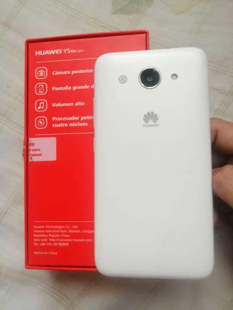 Huawei y5 lite como nuevo