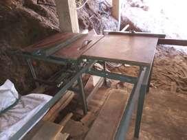 vendo sierra de banco escuadradora regulable en altura