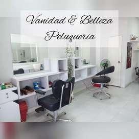Manicurista para peluquería acreditada