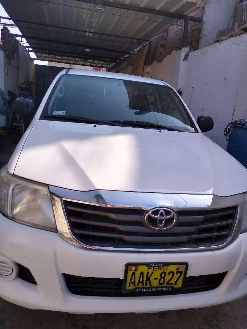 Toyota Hilux 2014 full 0