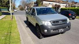 Toyota Hilux cabina simple DX 2.5 4 x 4