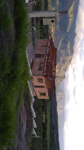 Casa vacacional en construcción con excelente vista