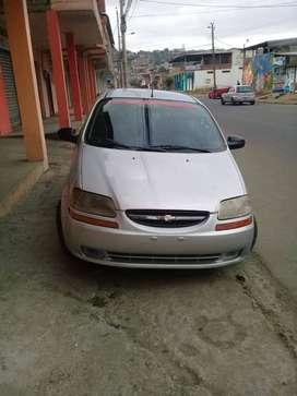 vendo Chevrolet aveo family 2013
