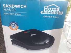 Sandwichera Nueva con grill asador Home elements