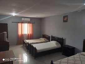 Arriendo habitaciones con Aire acondicionado